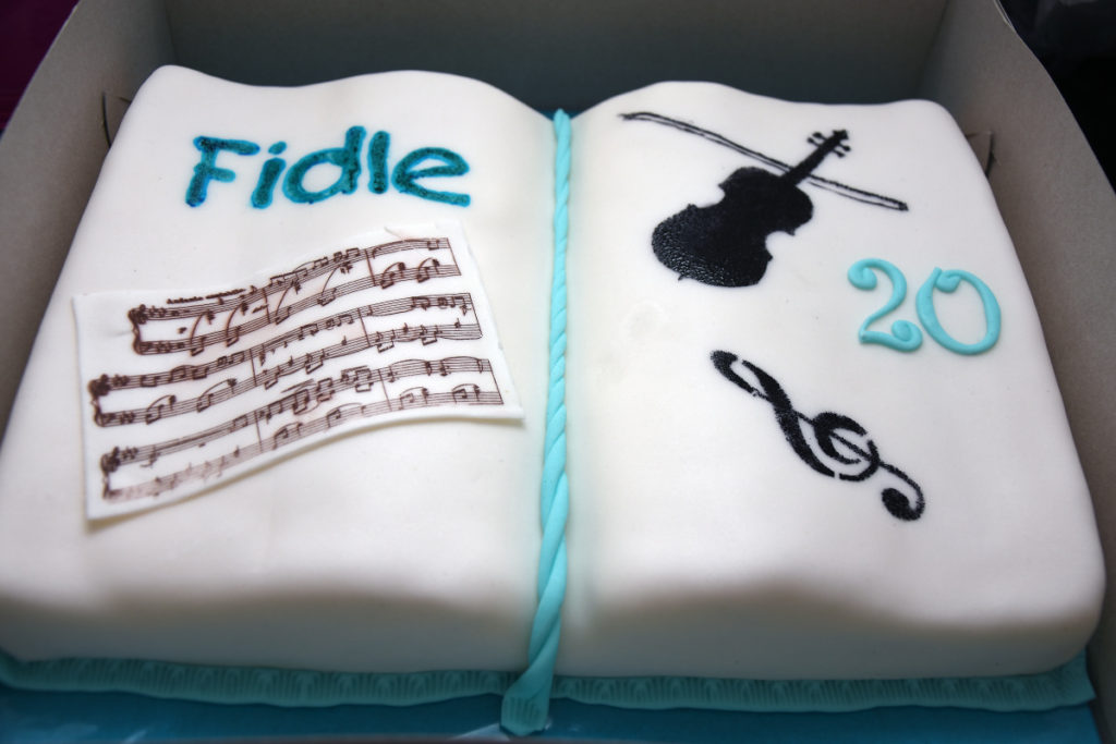 20 let Fidle